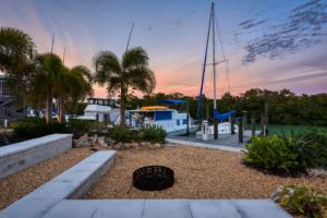 escape casey key hotels with marina